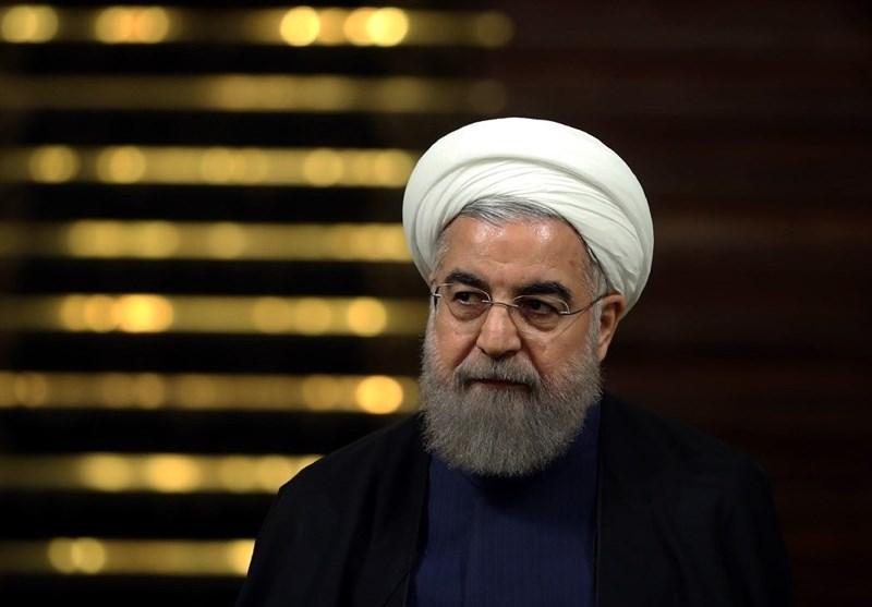روحانی در فرودگاه یزد: 2 طرح مهم در یزد و اردکان افتتاح می گردد
